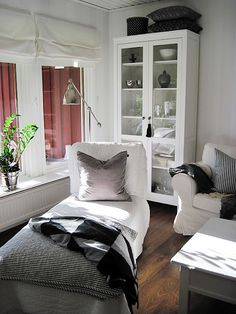Simple chaise