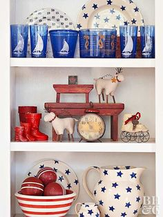 Red, white, and blue decor never looked so stylish! Decorate your home with stars, stripes, and patriotic colors to show off your American pride. These looks are perfect for summer holidays but can also last all year round. #redwhiteandbluedecor #homedecorideas #interiordesign #4thofjuly #bhg Farmhouse Style Bedrooms, Farmhouse Bedroom Decor, Country Farmhouse Decor, Mismatched Furniture, Blue Furniture, Kitchen Sink Design, How To Dress A Bed, New Countertops, Best Interior Design