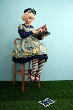 Lolita Fashion, bunnies, blond, navy blue, EGL, classic, stripes, berret, OP