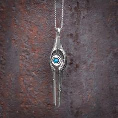 Mass Relay necklace: Mass Effect  I HAVE A MIGHTY NEED