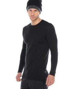 ATF GARY Feinstrick-Pullover Schwarz  lässiger Feinstrick-Pullover von ATF für Herren aus einer Baumwoll-Mischung in Schwarz Rundhalsausschnitt gerader, langer Schnitt seitlich geschlitzt