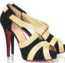 Christian louboutin wedding shoes for autumn/winter style. Nice! Just click the picture