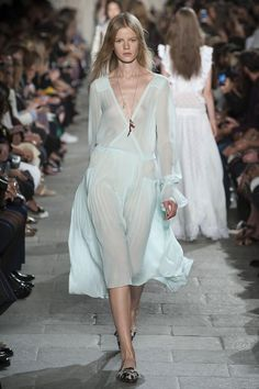 Transparent fabrics and see-through silhouettes: the trend remains strong for the upcoming spring 2016 season / Philosophy