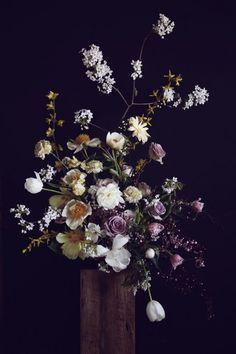 Sculptural Flower Styling / Putnam & Putnam