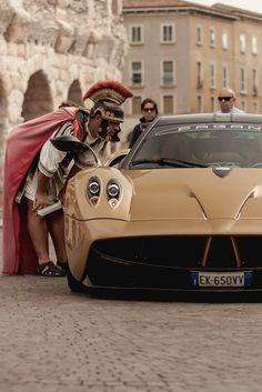 Porsche, Audi, Pagani Car, Pagani Huayra, Bugatti, Jaguar, Mustang, Ferrari, Car In The World