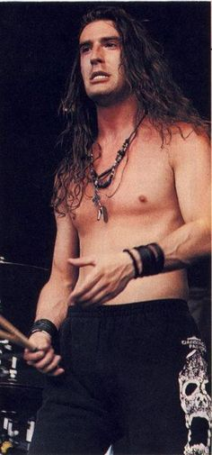 sean kinney (alice in chains)