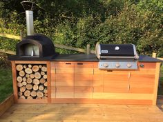 A nice project for the summer, get your man onto this. A bespoke build pizza oven and barbecue, all you need to enjoy the outdoors in the Devon countryside with the slate supplied by Ardosia.