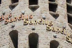 Santo y redentor: dos nombres preciosos de Dios (Wenceslao Calvo)  http://www.iglesiapueblonuevo.es/index.php?codigo=2608