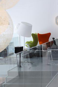 http://www.atakdesign.pl/pl/p/Fotel-Egg/909