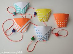 Ein tolles Fangbecherspiel selbst basteln ** Sugar Sweet Apples **: We make a catch cup for the Fangbecherspiel (DIY) Diy For Kids, Crafts For Kids, Arts And Crafts, Paper Crafts, Paper Toys, Diy Crafts To Do, Easy Crafts, Diy Games, Diy Toys