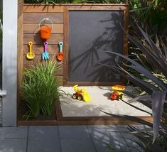 48 Popular Backyard Playground Landscaping Ideas For Kids - Today's backyard playgrounds are veritable works of art. Long gone are the days of the metal swing set that flipped up when you swung too high. Backyard Trampoline, Backyard Playhouse, Build A Playhouse, Backyard Playground, Playground Kids, Kids Yard, Backyard For Kids, Modern Backyard, Diy Projects For Kids