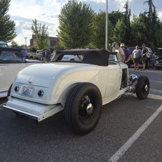 1932 Ford Roadster, Low Rider, Street Rods, Kustom, Rat, Cool Cars, Hot Rods, Antique Cars, Wheels
