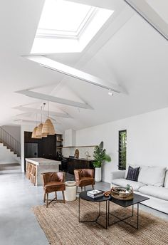 A relaxed palette and natural textures make The Pause - a luxurious, coastal holiday home by Soul Home - in Gerringong on the NSW South Coast the ideal holiday stay. Alice Coltrane, Elle Decor, Greenhouse Interiors, Loft, Hanging Rail, Holiday Accommodation, Pause, House And Home Magazine, Kitchen Interior