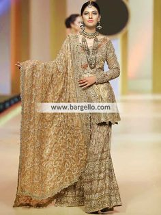 a9b02d4160 Heavy dupatta Pakistani Couture, Pakistani Bridal Dresses, Pakistani  Outfits, Indian Dresses, Bridal