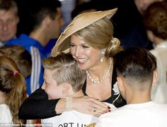 ♥•✿•QueenMaxima•✿•♥... March 27, 2017 Queen Maxima delights a young royal fan with a warm hug during a hockey clinic...