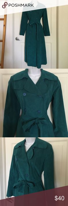 Ultra Suede stunning long suede teal trench 10 Stunning color!! Ultra Suede long teal/turquoise colored trench. Button front, belted at the waist. Fully lined. Size 10. Dry clean. Ultra Suede Jackets & Coats Trench Coats