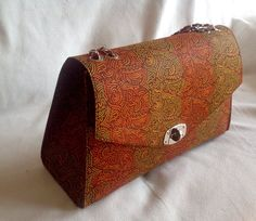 Ankara purse. Colorful and simple at the same time. Elegant purse. African fashion. Women fashion. Contact me to order