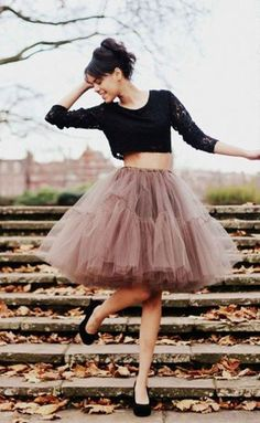 fun tulle party skirt http://rstyle.me/n/pnfeur9te
