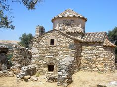 Old Byzantine chapelNaxos island, Greece.