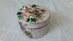 Decoupage and quilling