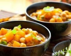 Try these delectably satisfying low carb soup recipes. Low Carb Soup Recipes, Diet Recipes, Cooking Recipes, Healthy Recipes, Recipes Dinner, Fresh Salad Recipes, Chickpea Stew, 15 Minute Meals, Easy Eat