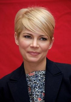 Michelle Williams - pixie with long layers on top