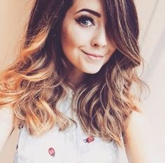 Zoella a.k.a Zoe Sugg is the most happiest and prettiest person I ever seen. Btw, tbh I just saw her on youtube 2 months ago, and I think I'm her BIGGEST Fan - We♡It