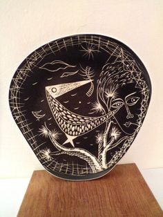 Sgraffito Studio Pottery Plate. Made in England 1950s.  Possibly Brixham Pottery