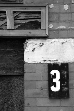 Love random found letters and numbers and old signs in design. Awesome!