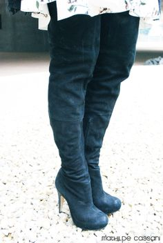 Over the knee boots from Topshop more on the blog www.lauracassani.com