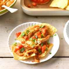Cheesy Chicken Taco Dip Chicken Taco Dip Recipe, Chicken Dips, Chicken Tacos, Cheesy Chicken, Chicken Recipes, Appetizer Dips, Yummy Appetizers, Appetizer Recipes, Appetizer Party