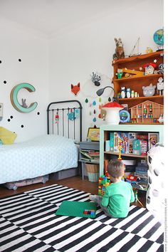 Everyone agrees that kids definitely love to play around. As a good parent, it might be a good idea to create the kids playroom for them, so that they can play safely and happily at home. Boys Bedroom Decor, Baby Bedroom, Girls Bedroom, Bedroom Furniture, Geek Furniture, Bedroom Ideas, Toddler Rooms, Kids Rooms, Kids Room Design
