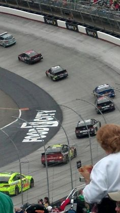 Bristol motor speedway , Bristol, tn Best Places To Live, Famous Places, Places Ive Been, Moving To Tennessee, East Tennessee, Making Memories, Sweet Memories, Bristol Tn, Bristol Motor Speedway