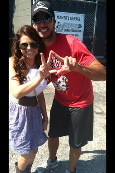 I want to meet Luke and have him throw Phi Sig's sign :D <3