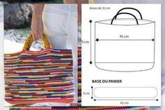 Crochet bag models for all tastes – La Malle au … – Bags Mode Crochet, Crochet Crafts, Handmade Bags, Straw Bag, Tapestry, Purses, How To Make, Macrame, Inspiration