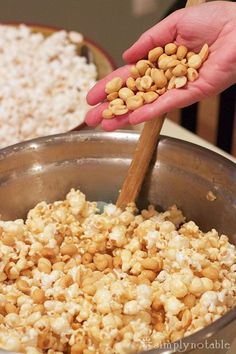 Easy Caramel Popcorn Recipe! Soooo good!