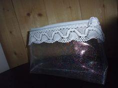 trousse en toile cirée transparente à paillettes : Trousses par mes-envies-mes-creations