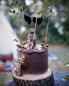 Bear holding the number Pretty Cakes, Beautiful Cakes, Safari Cakes, Woodland Cake, Bear Cakes, Birthday Cake Girls, Cakes For Boys, Girl Cakes, Love Cake