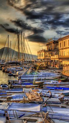 Picturesque Naples - http://www.travelandtransitions.com/european-travel/