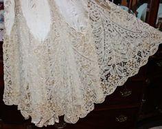 c-1900s-Edwardian-Battenberg-Bobbin-Lace-Venice-lace-Trained-Silk-Evening-Gown