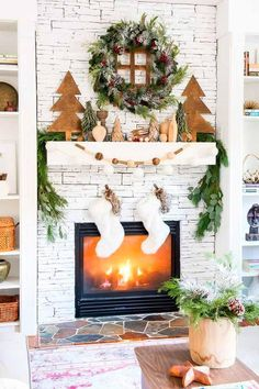 Christmas diy idea Christmas Mantel Decorations Rustic