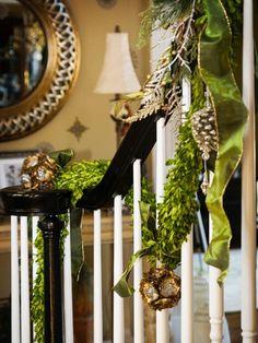 manualidades de navidad originales escaleras casa decoradas ideas