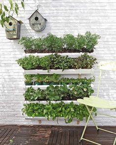 How to make a rain gutter garden #DIY, #Planter, #RainGutter
