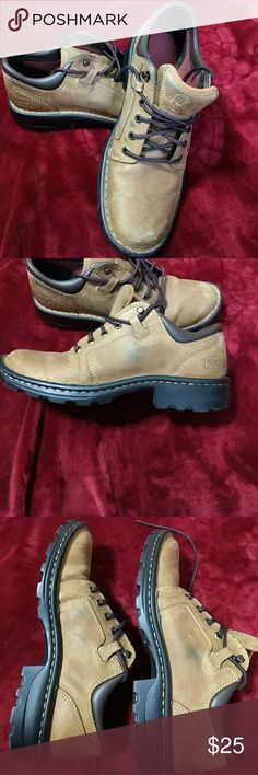 Schmidt work shoes Good guality work shoes by Schmidt co. Size 10.5 women's. Would be great in the snow. schmidt Shoes