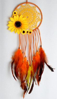 Sunflower Dream Catcher with Orange Faux Suede, a Yellow Crochet Doily, and Matching Feathers - Beautiful DIY Kids Crafts, Diy And Crafts, Craft Projects, Arts And Crafts, Craft Ideas, Decor Ideas, Crochet Diy, Crochet Doilies, Mandala Crochet