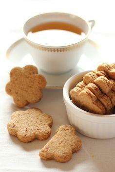 Cuori con farina di grano saraceno, mandorle e due anni di blog! – Le ricette di Pepi. Il blog di Stefania Zecca
