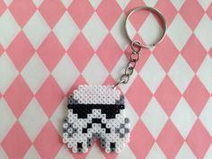 Porte-clé tête de Stormtrooper en perles à repasser : Porte clés par margo-s-shop