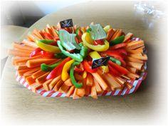 """Hallo Ihr Lieben, für die Abschlussfeier im Kindergarten haben wir Gemüseplatten gemacht. Nach fast 3 Stunden """"schnibbeln"""" sind diese Platten entstanden ❤️ Gefallen si…"""