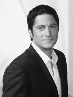 David Conrad.. I am obsessed with his character in Ghost Whisperer!!!!