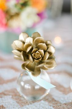 gold sprayed succulent//for wedding table decor